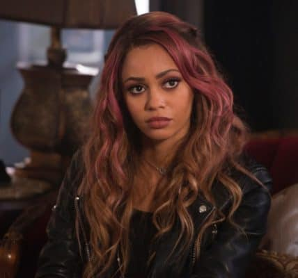 Vanessa Morgan Riverdale